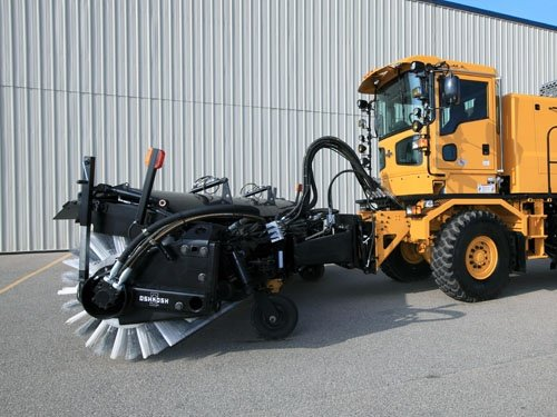 Oshkosh Snow Products H-Series XF Broom side