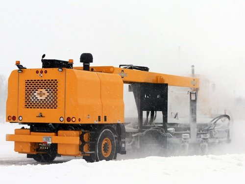Oshkosh Snow Products HT Tractor 2