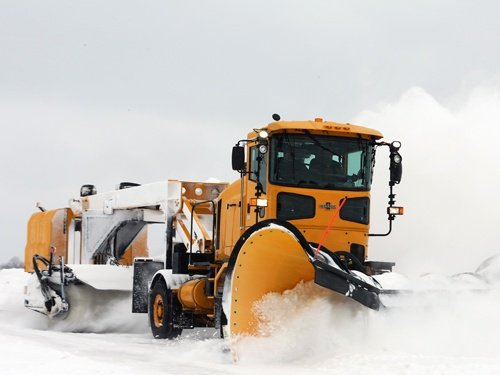 Oshkosh Snow Products HT Tractor 4