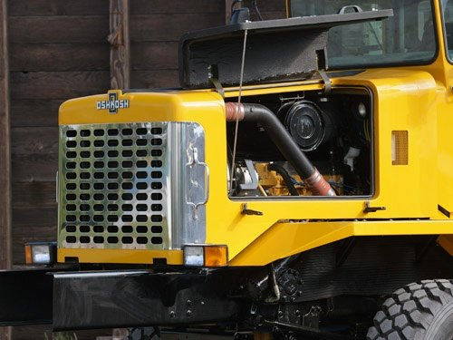 Oshkosh Snow Products Chassis Attachments P Series Engine Access