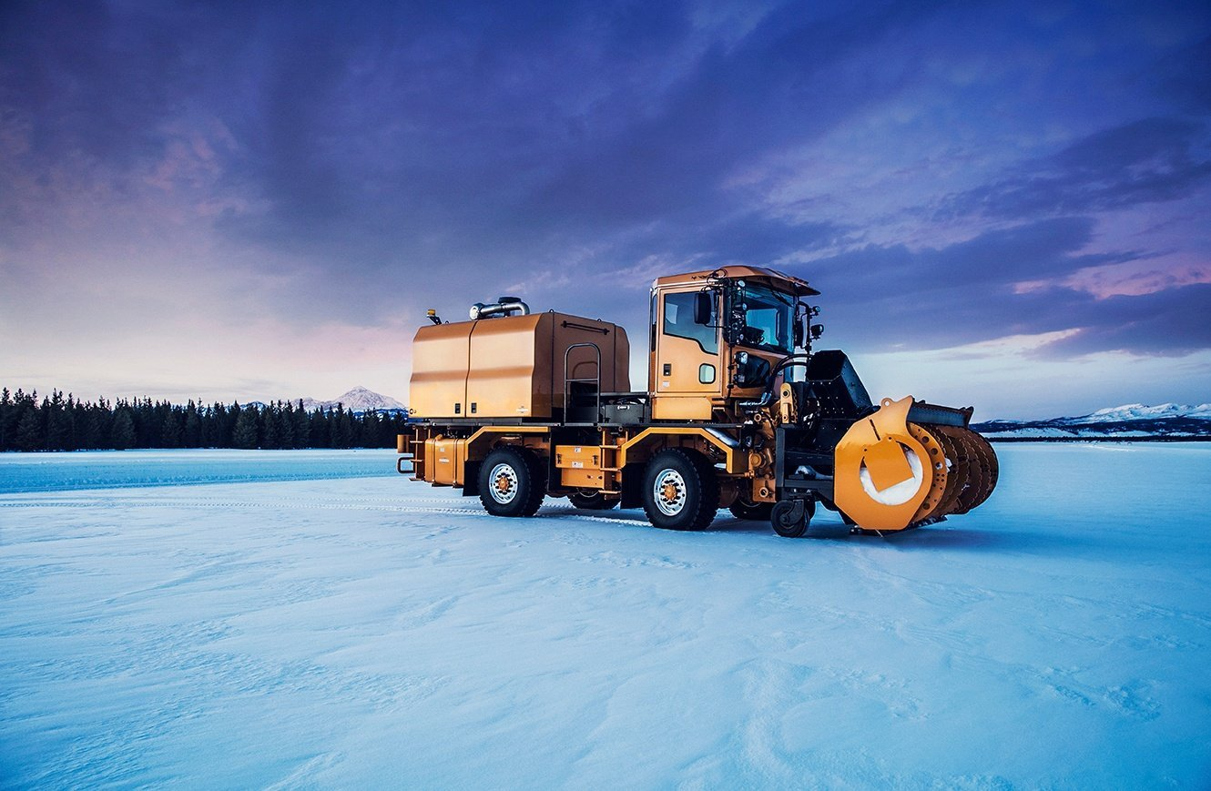 Explore Snow Trucks